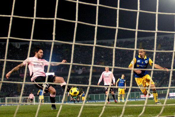 Palermo confirmó que es un equipo de temer y venció al Parma 3 a 1.