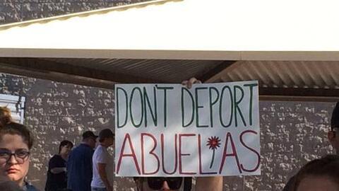 Abuela enfrenta deportación