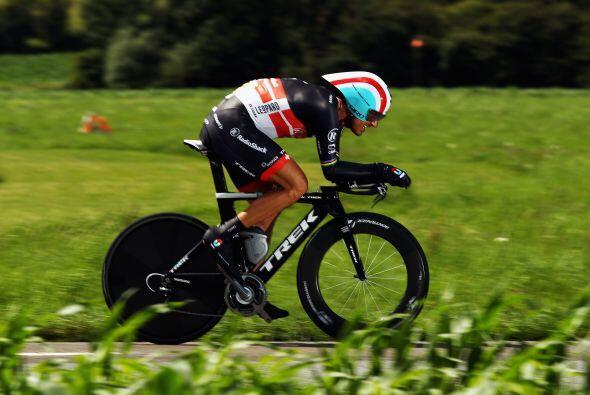 Por su parte, el campeón olímpico de la contrarreloj, el suizo Fabian Ca...