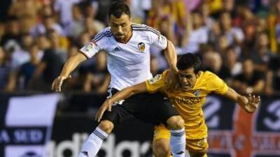 Valencia goleó al Málaga en casa.