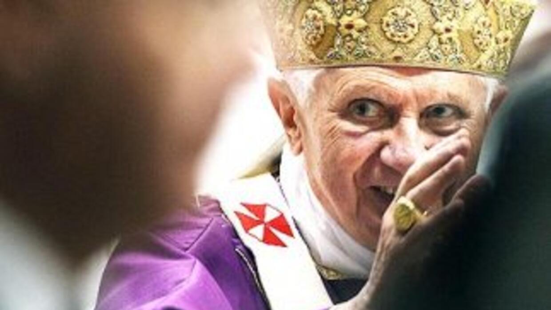 La fuga de documentos secretos de El Vaticano compromete el reinado del...