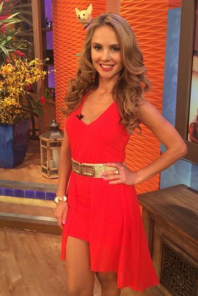 """""""La fotico del look de hoy, LOS QUIERO @DespiertaAmeric """", dijo Ximena...."""