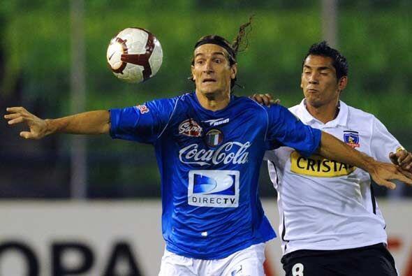 Por su parte Cruzeiro y Colo Colo se enfrentaron en Santiago de Chile y...
