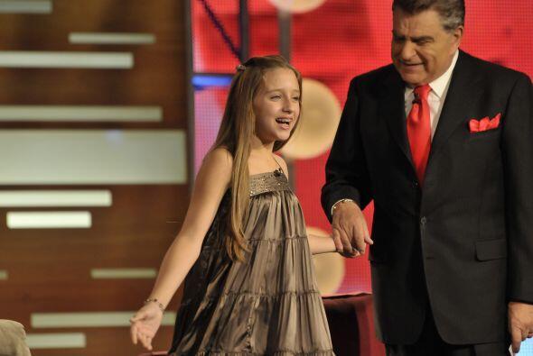 El Don también recibió a una pequeñita, Gabriela Bo...