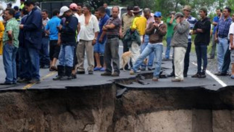 La situación del país es crítica por la cantidad de lluvia, adviertieron...