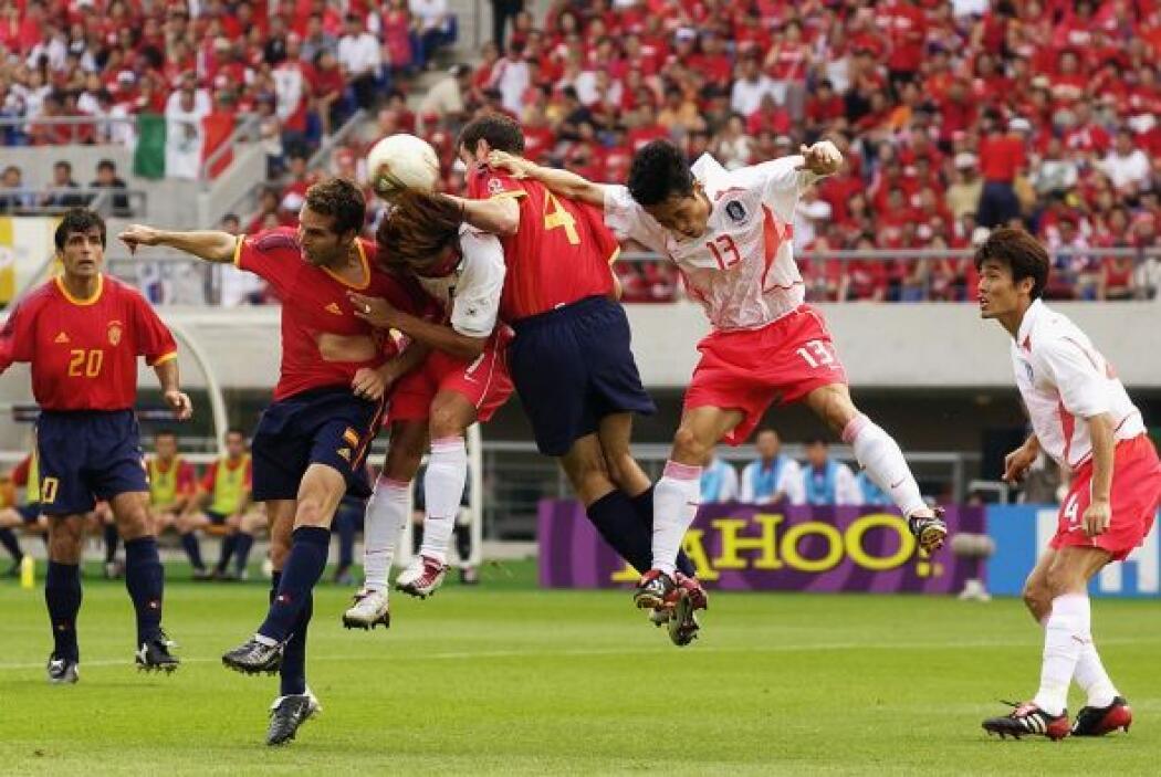 En los Cuartos de final del Mundial del 2002, Corea del Sur y España iba...