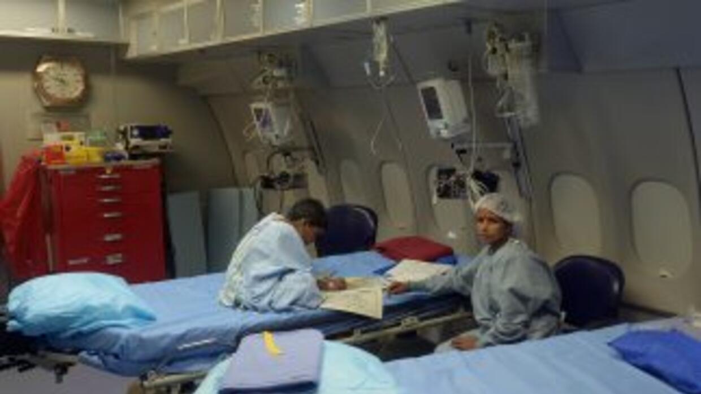 El niño fue llevado a un hospital por sufrir convulsiones y otros síntom...