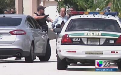 Arrestan a hombre sospechoso de asesinar a sus padres en Miami