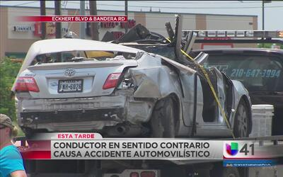 Conductor en sentido contrario causa accidente