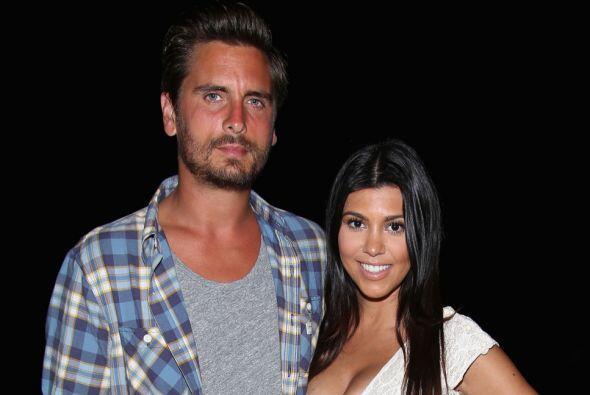 Kourtney Kardashian, por su lado, también le envió mucho amor a su padra...