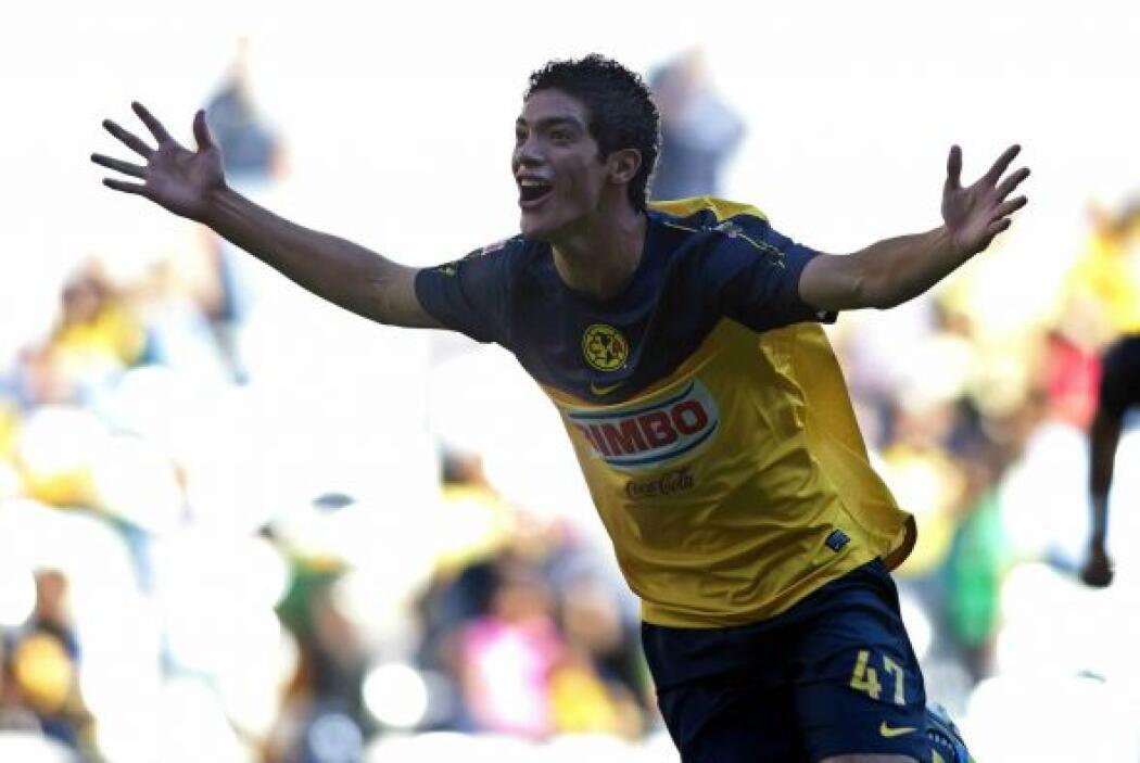 Jiménez tardaría casi seis meses en conseguir su segundo gol, en ésta oc...