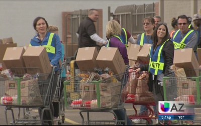 Más de 10 mil familias necesitadas difrutarán Thanksgiving