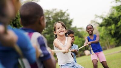 Campamentos infantiles al rescate: conoce el ABC para elegir un 'summer...