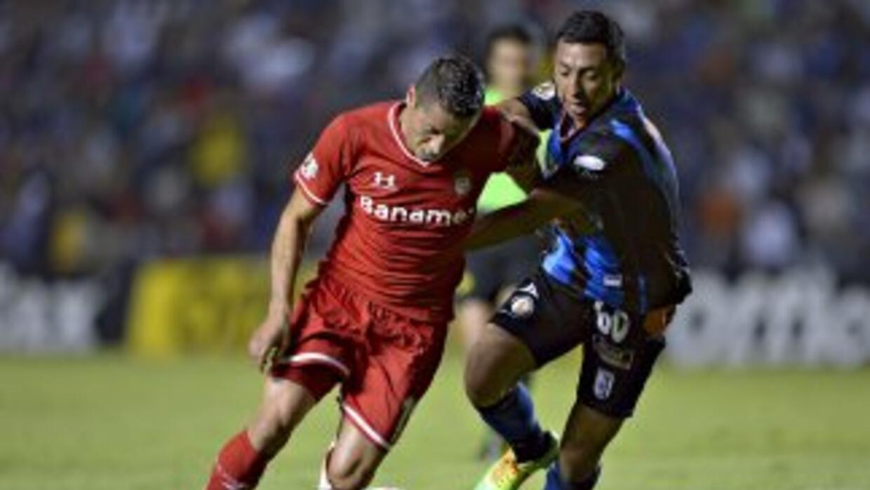 Sinha ante el equipo que le dio casi toda su vida futbolística, el Toluca.