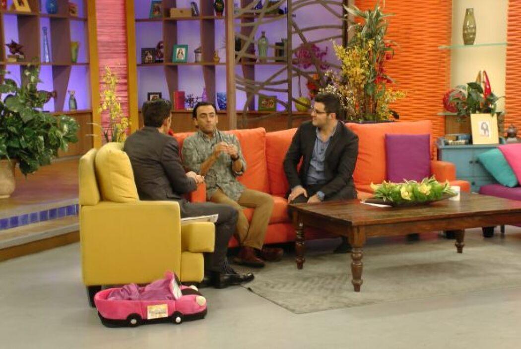El actor, presentador y productor mexicano Adal Ramones nos contó lo dif...