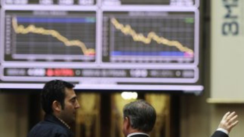 La incertidumbre política en Europa y los datos económicos de China prov...
