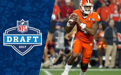 Deshaun Watson College Highlights & 2017 NFL Draft Profile | NFL