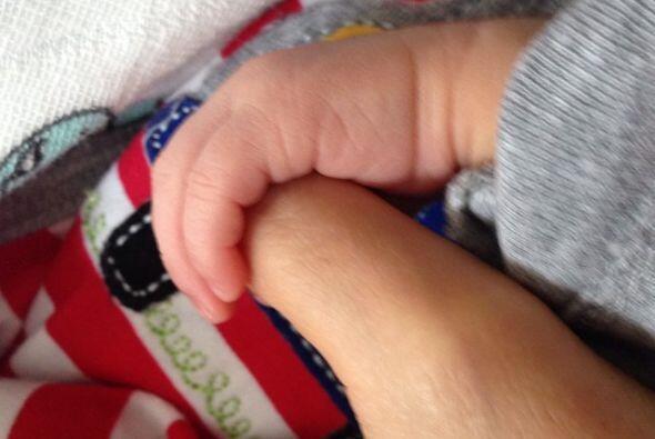 Esta es la primera imagen de Emmanuel, Ninel subió la foto a su c...