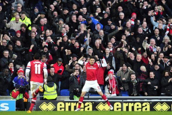 Olivier Giroud hizo dos goles y Arsenal logró un complicado triunfo sobr...