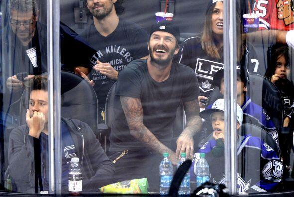 Después sigue Romeo Beckham que tiene 11 años y naci&oacut...