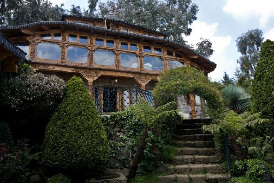 Esta mansión forma parte de los lujos del cártel de los hermanos Beltrán...