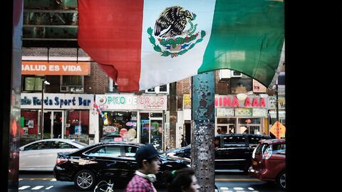 La zona de Roosevelt Avenue, en Queens (Nueva York), es uno de esos veci...