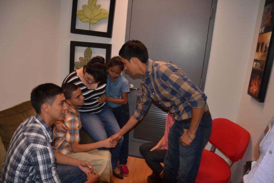 La familia hondureña que logró reunirse en el programa, siguió recordand...