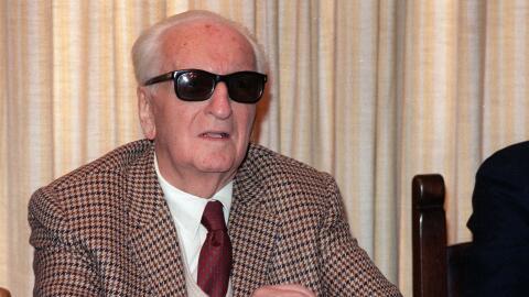 Enzo Ferrari murió en agosto de 1988, su cuerpo está enterrado en el cem...