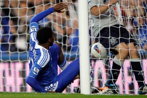 Con un 3 a 0 lapidario, Chelsea está tercero debajo del 'Man-U' y...