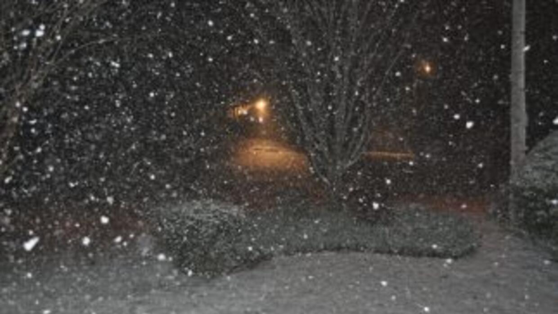 Nieve en la cuidad de Marietta.