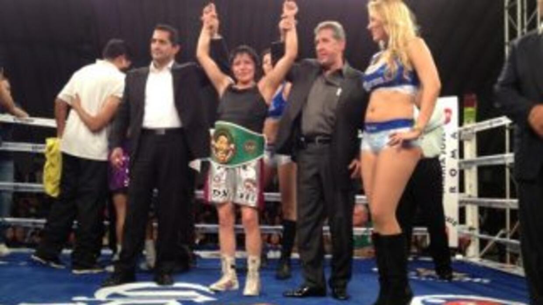 Zamora retuvo el título jevenil minimosca del CMB (Foto: Boxeo de Gala).