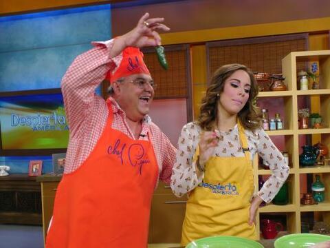 El chef Pepín llegó picante a Despierta América sin imaginar que las chi...