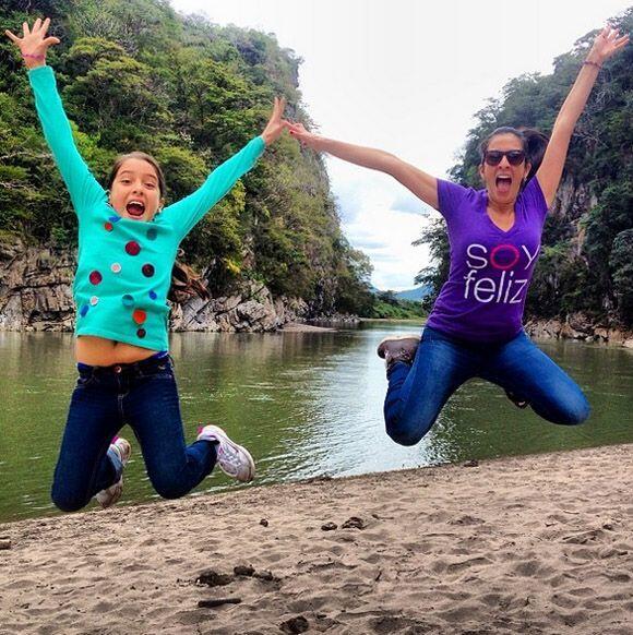 """#SaltoMaity con @henainteriano03 frente al rio Jicatuyo #Honduras #soyf..."