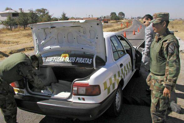 """Las autoridades conjeturan que El Chapo se esconde en la sierra del """"Tri..."""