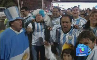 Los argentinos con el alma en un hilo por su selección