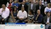 El beso entre los Obama que desató ovación