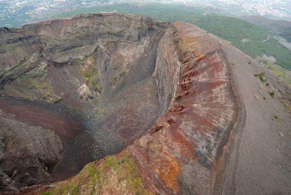 Nostradamos aseguró que a finales del 2015 el Monte Vesubio, en I...