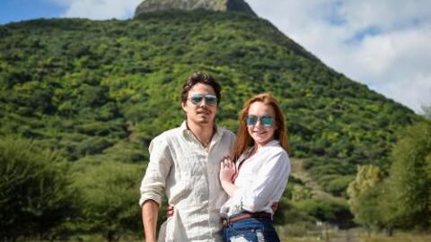 Egor y Lindsay se divierten en un safari en la República de Mauricio.