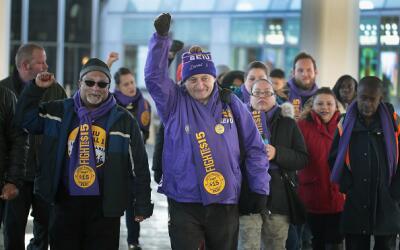 Empleados del aeropuerto O´Hare se irán a huelga este martes