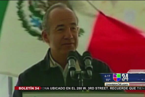 "MANDATARIO SE 'ECH"" UN PALOMAZO'.  El presidente mexicano, Felipe Calder..."