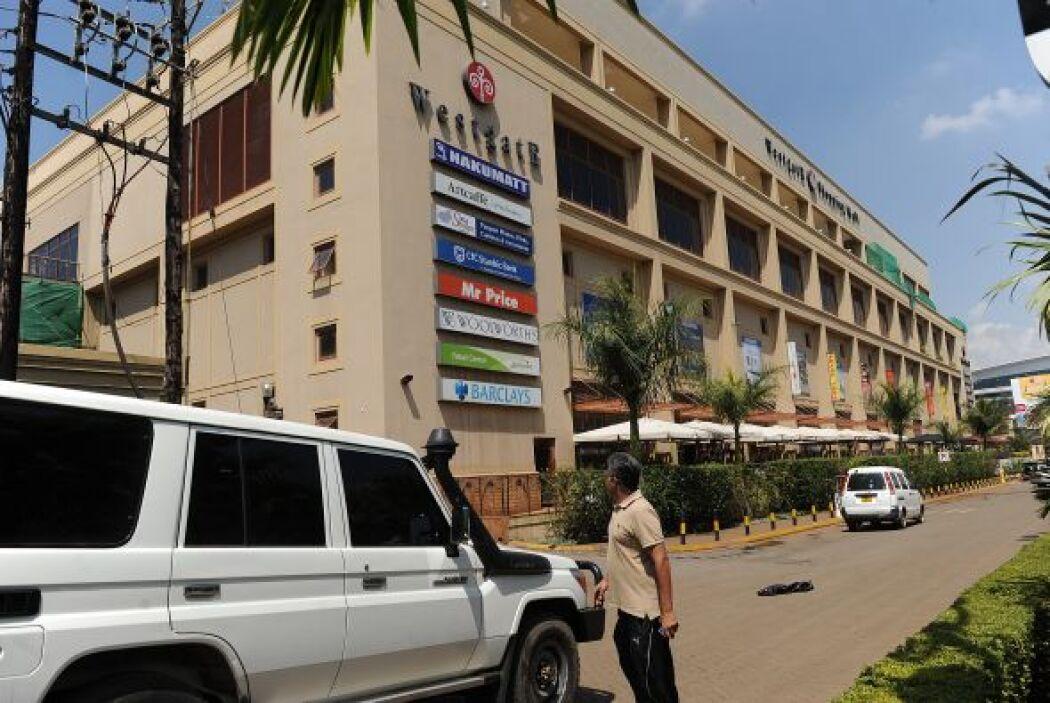 El jefe de la policía de Nairobi, Kibue Benson, señaló que los hombres a...
