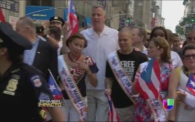 En el desfile puertorriqueño muchos famosos dijeron presente y festejaro...