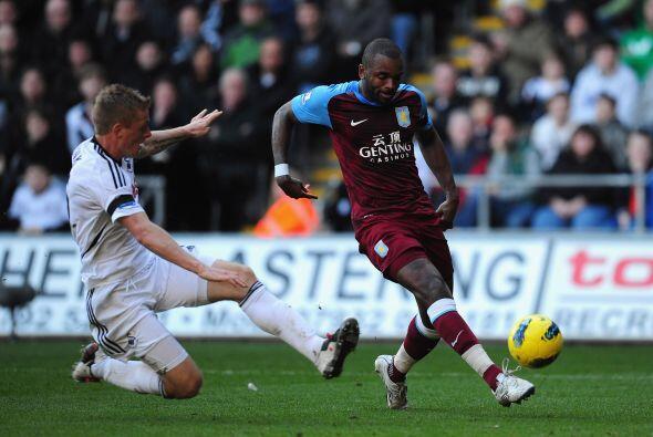 En el otro duelo del día, Swansea City recibió al Aston Vi...
