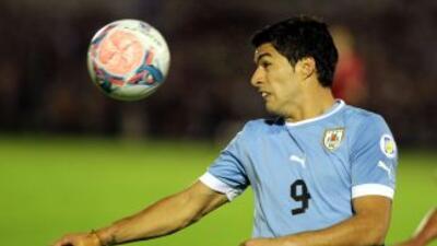 Luis Suárez en el Uruguay-Jordania, partido de vuelta de la repesca para...