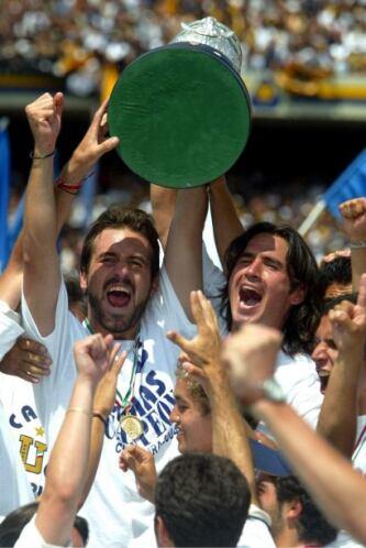 Serrato fue campeón con Pumas en el Clausura 2004 y un torneo después fu...