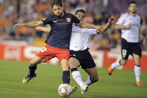 Pasaban los minutos y el Atlético también apostaba a tener la pelota cir...