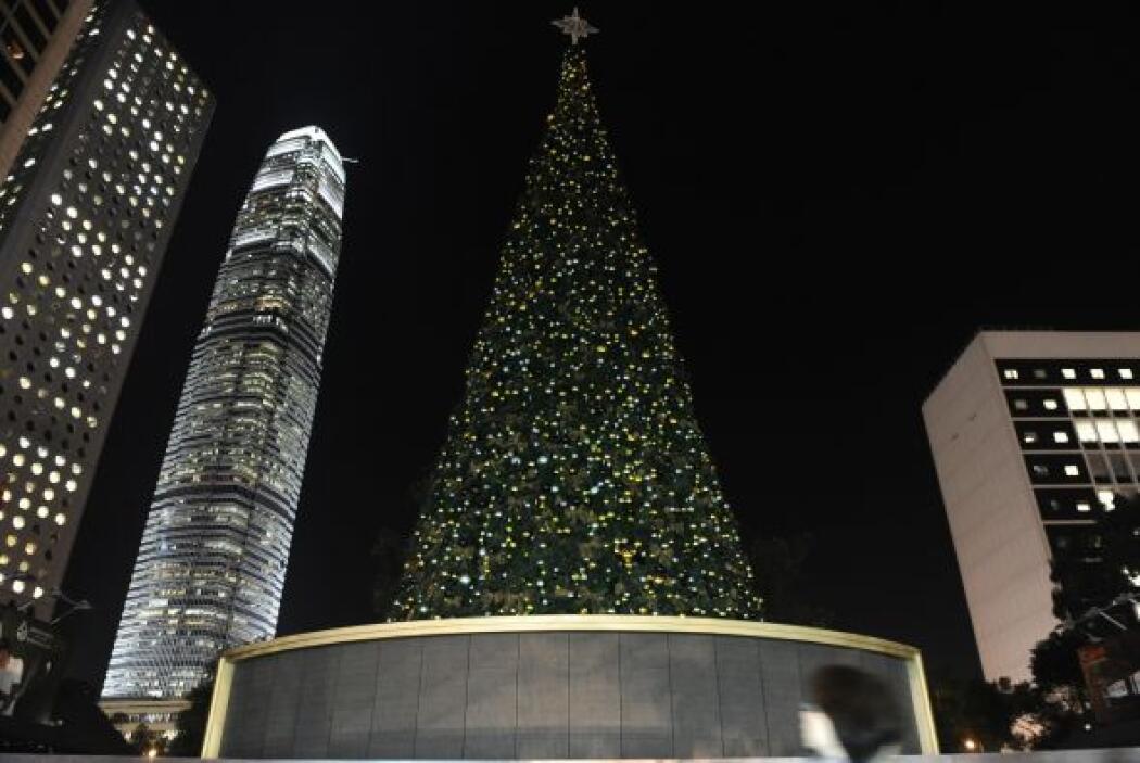 6. Hong Kong.- esta ciudad tiene el título de mejor ciudad para hacer co...