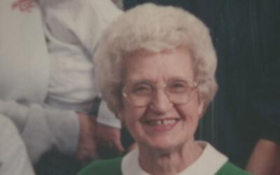 Hombre atacó a mujer de 94 años de edad para quitarle la cartera en Garf...