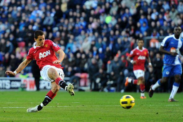 El 'Chicharito' fue titular con el Manchester United ante el Wigan y lo...