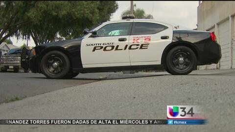 Sujeto amenaza con arma a una mujer en su propiedad